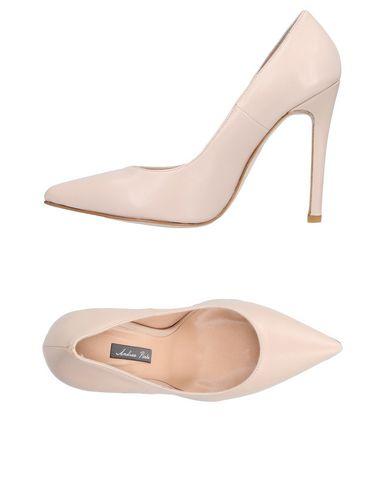 Туфли от ANDREA PINTO