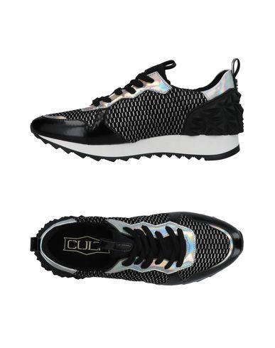 Фото - Низкие кеды и кроссовки от CULT черного цвета