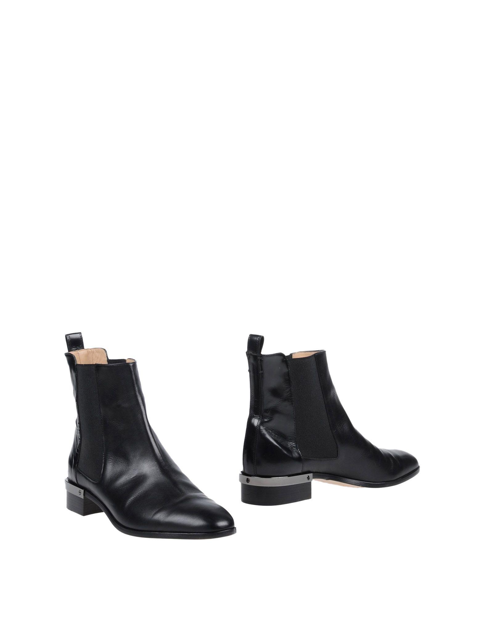 цена на REED KRAKOFF Полусапоги и высокие ботинки