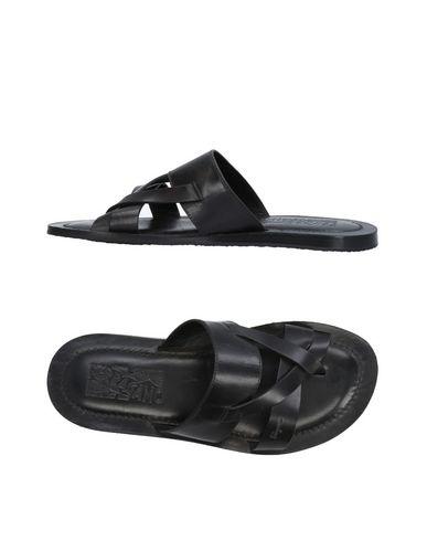 zapatillas SALVATORE FERRAGAMO Sandalias de dedo hombre