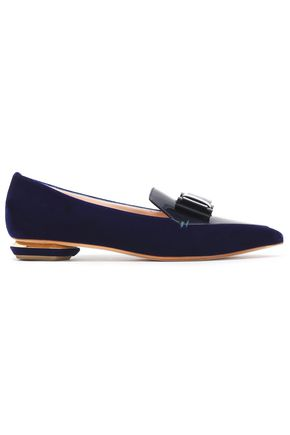 NICHOLAS KIRKWOOD Bow-embellished patent-leather and velvet point-toe flats