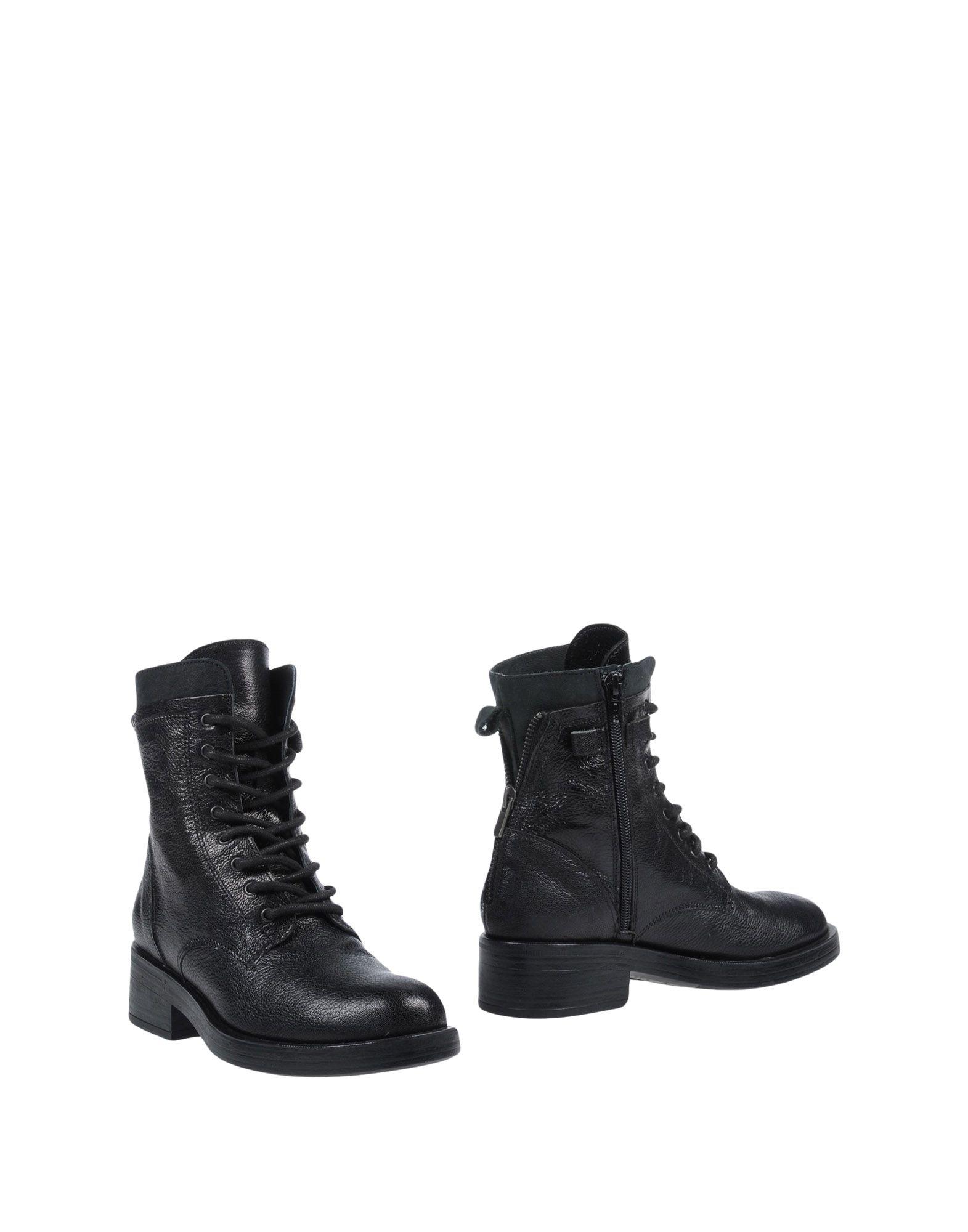 все цены на LOGAN Полусапоги и высокие ботинки онлайн