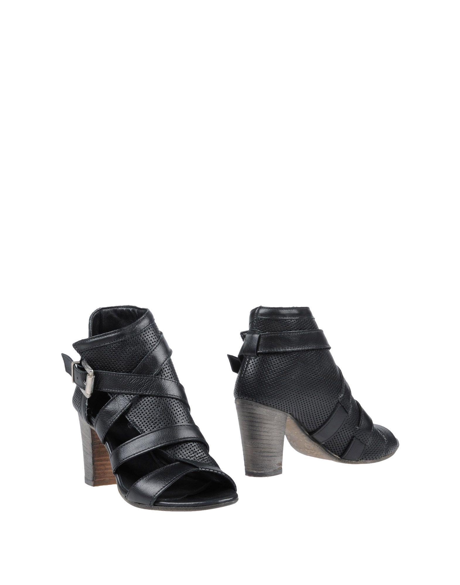 COSTUME NOIR Полусапоги и высокие ботинки футболка supremebeing pantera noir ss14 black 8901 xl