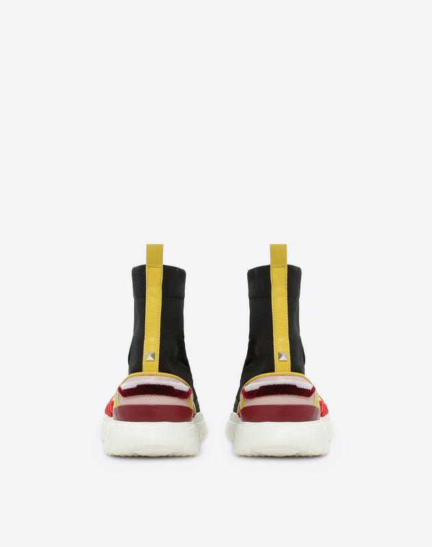 Sneakers montantes ornées d'une broderie