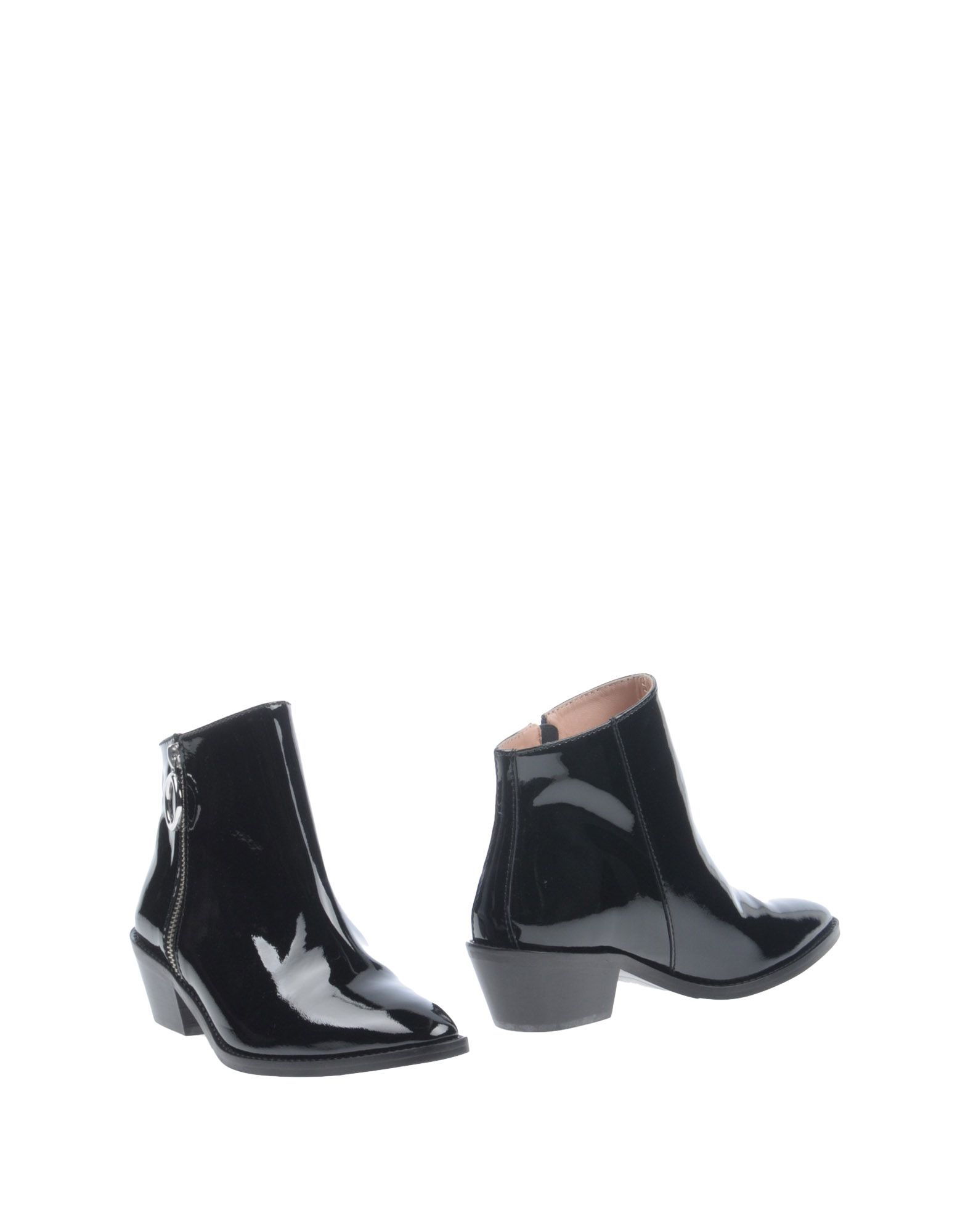 Boutique Moschino Ankle Boot In Black