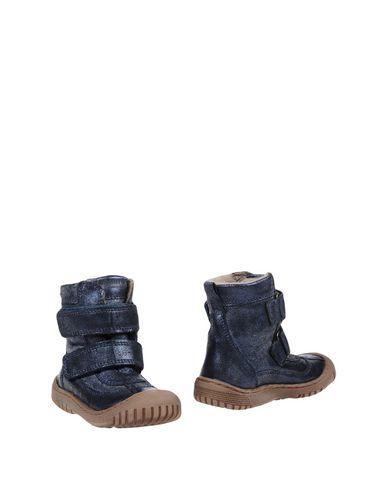 Полусапоги и высокие ботинки от BISGAARD