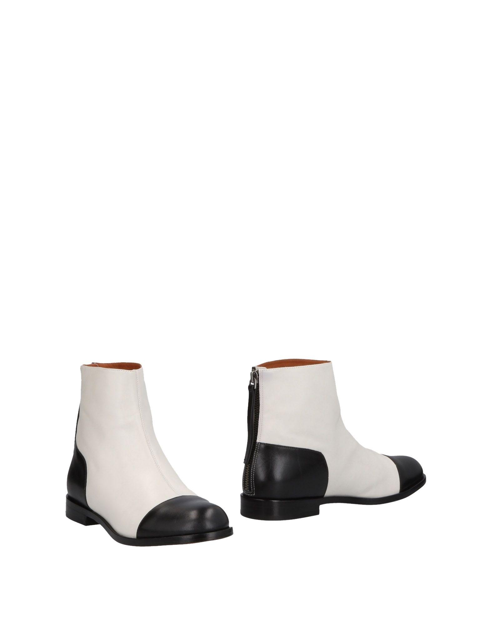 MARC BY MARC JACOBS Полусапоги и высокие ботинки