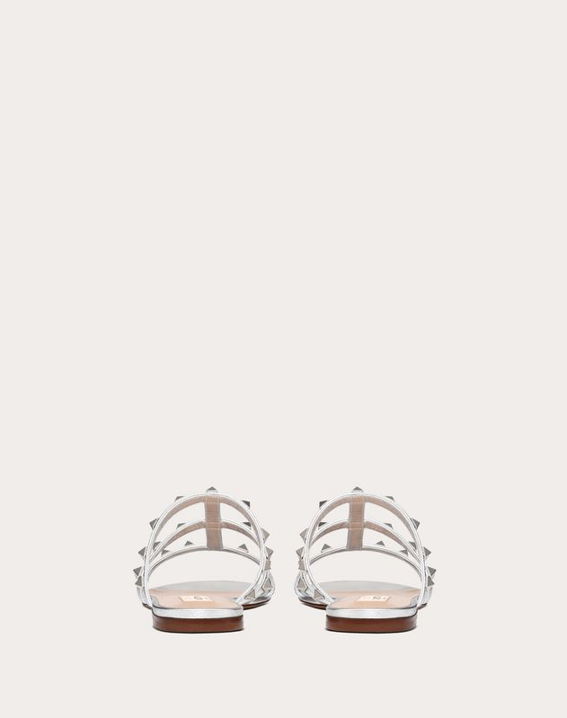 Flache Slider-Sandalen Rockstud in Metallic-Optik