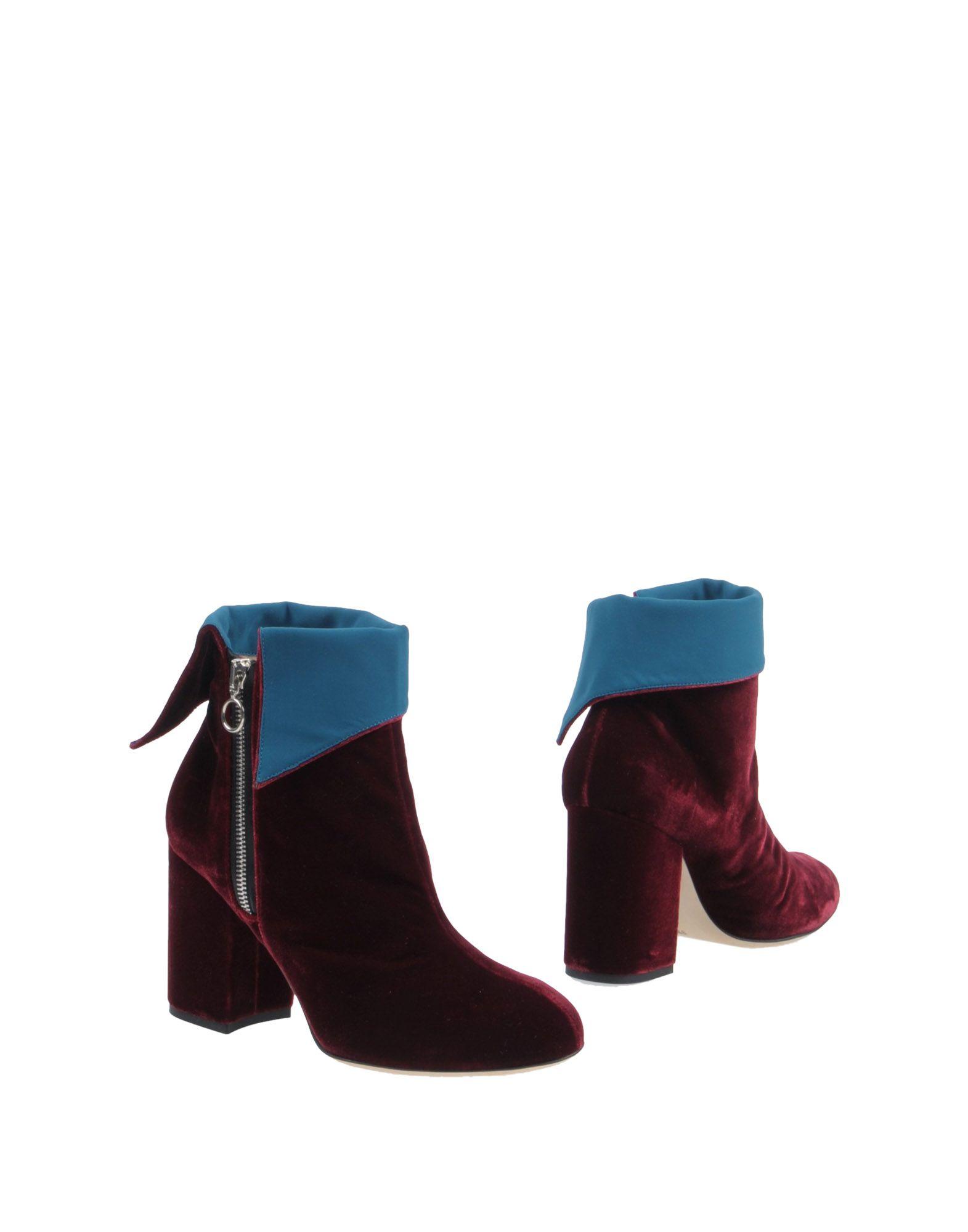 CHIARA BONI Ankle Boot in Maroon
