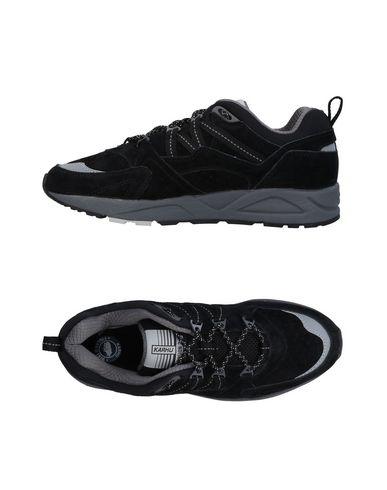 Фото - Низкие кеды и кроссовки от KARHU черного цвета
