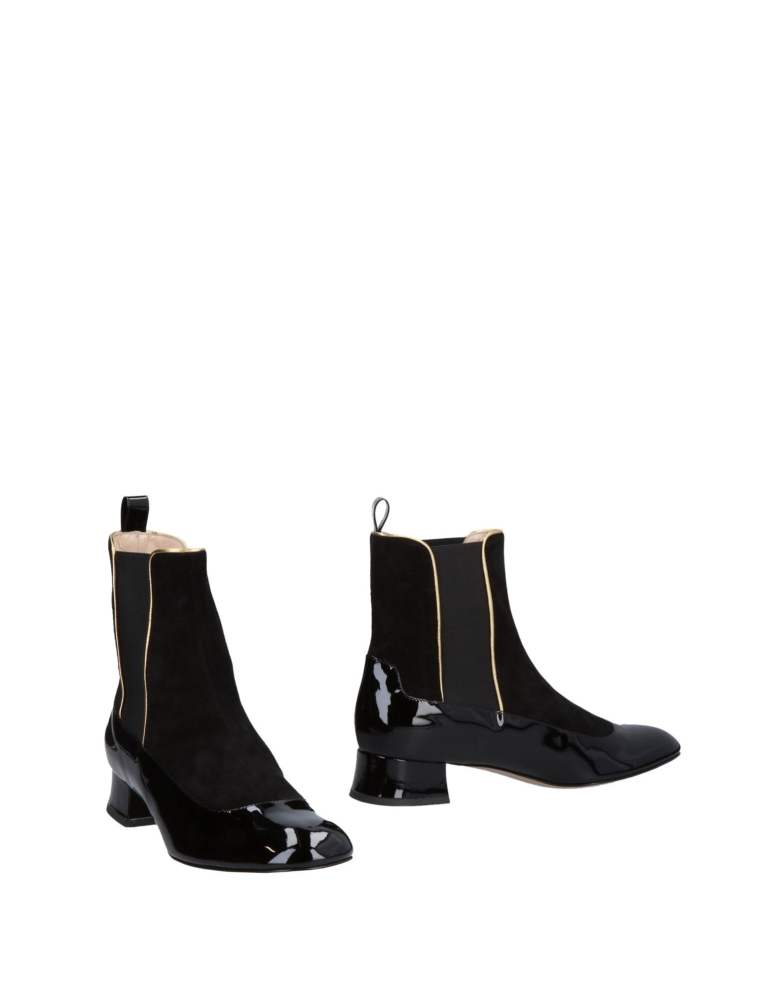 CAMILLA ELPHICK Ankle Boot in Black