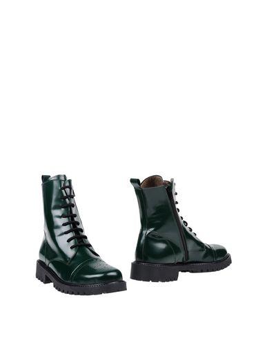 Полусапоги и высокие ботинки от STELE