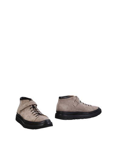 Полусапоги и высокие ботинки Umit Benan