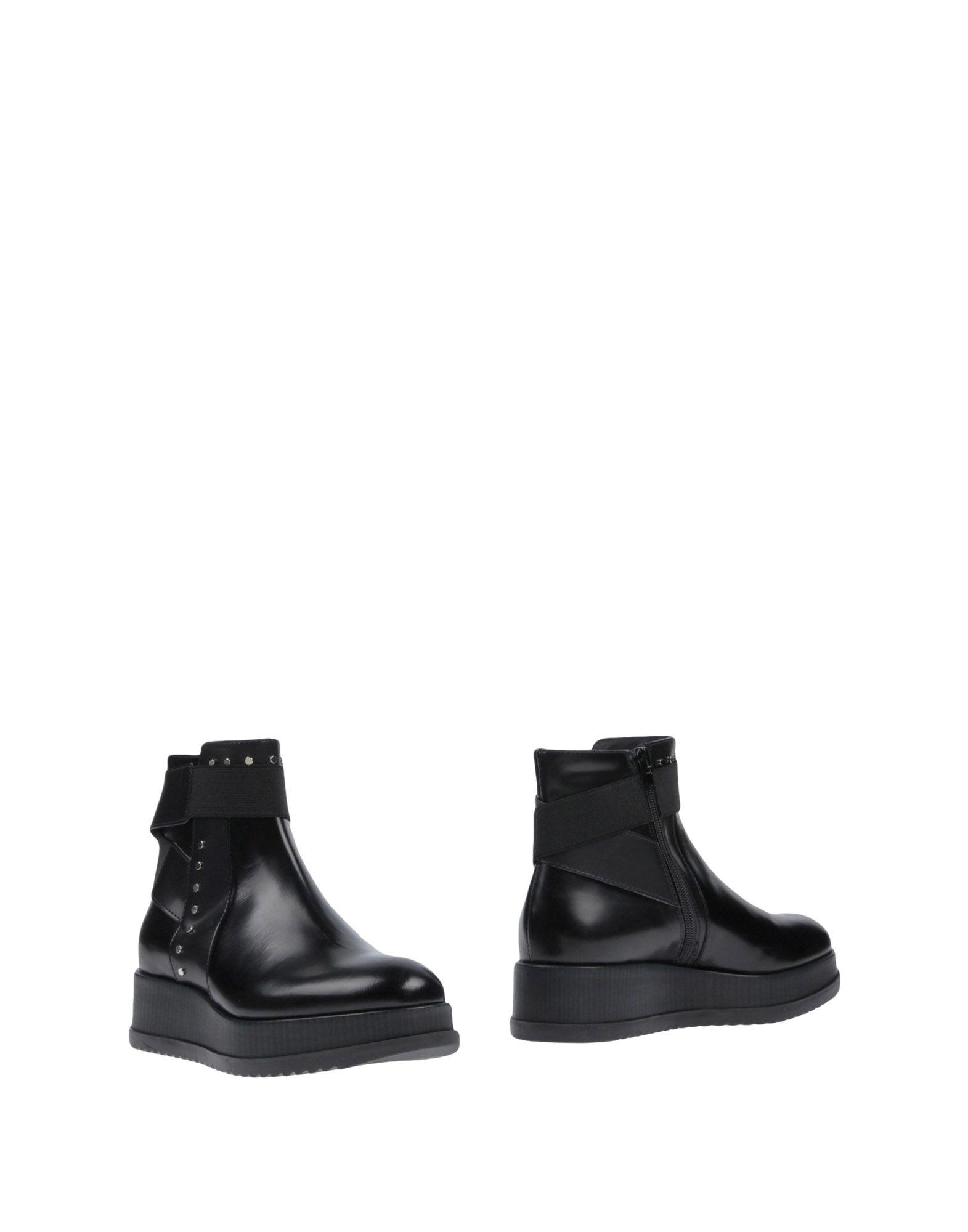 TOSCA BLU SHOES Полусапоги и высокие ботинки полусапоги tosca blu sf1602s032 black