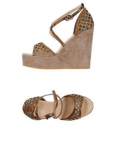 zapatillas CESARE P. Sandalias mujer