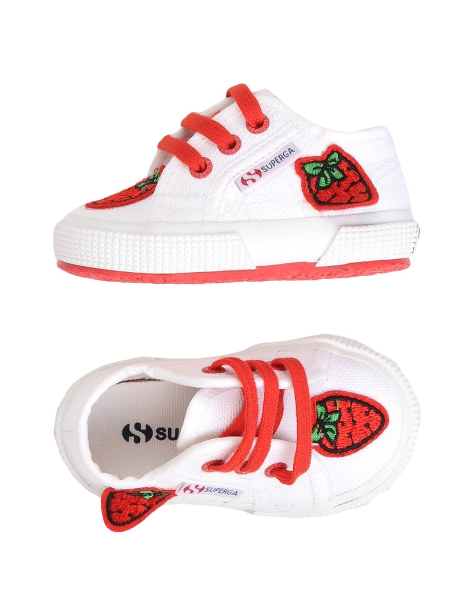 купить женские кроссовки со скидкой в интернет магазине