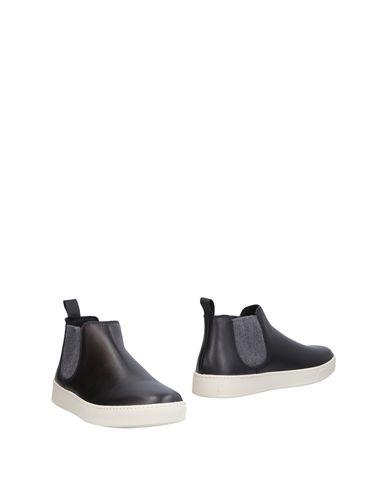 Полусапоги и высокие ботинки от FRAU