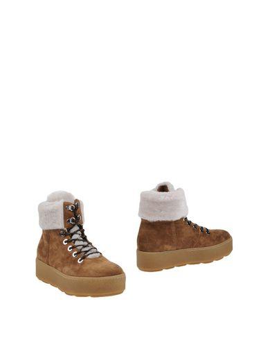 Полусапоги и высокие ботинки VIC MATIE