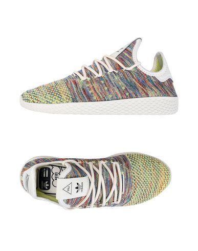 ADIDAS ORIGINALS by PHARRELL WILLIAMS PW TENNIS HU PK Sneakers Tennis basses femme
