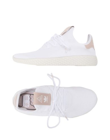 ADIDAS ORIGINALS by PHARRELL WILLIAMS PW TENNIS HU Sneakers Tennis basses femme