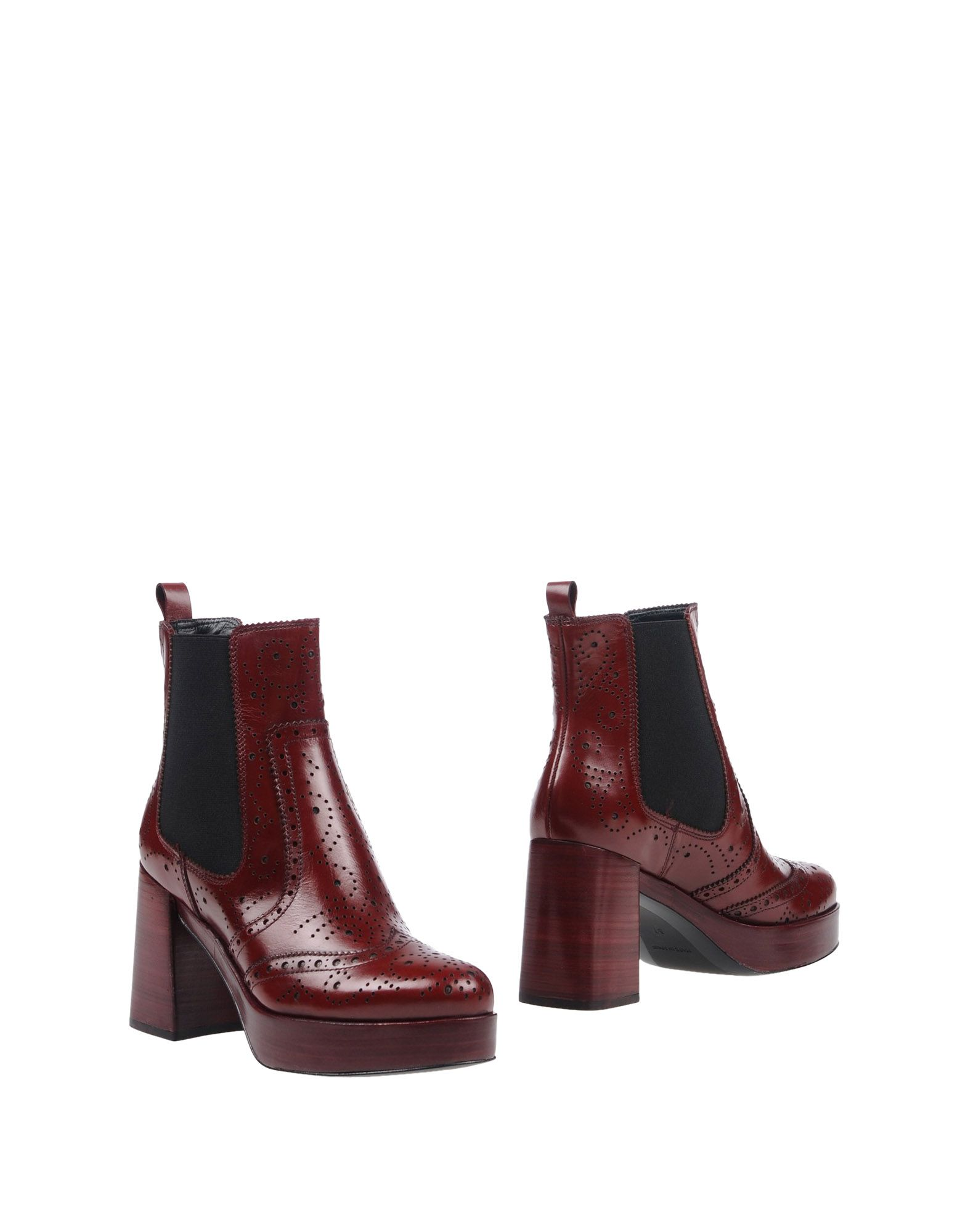 PONS QUINTANA Ankle Boot in Maroon