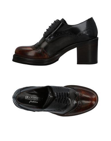 Обувь на шнурках от GRANDINETTI