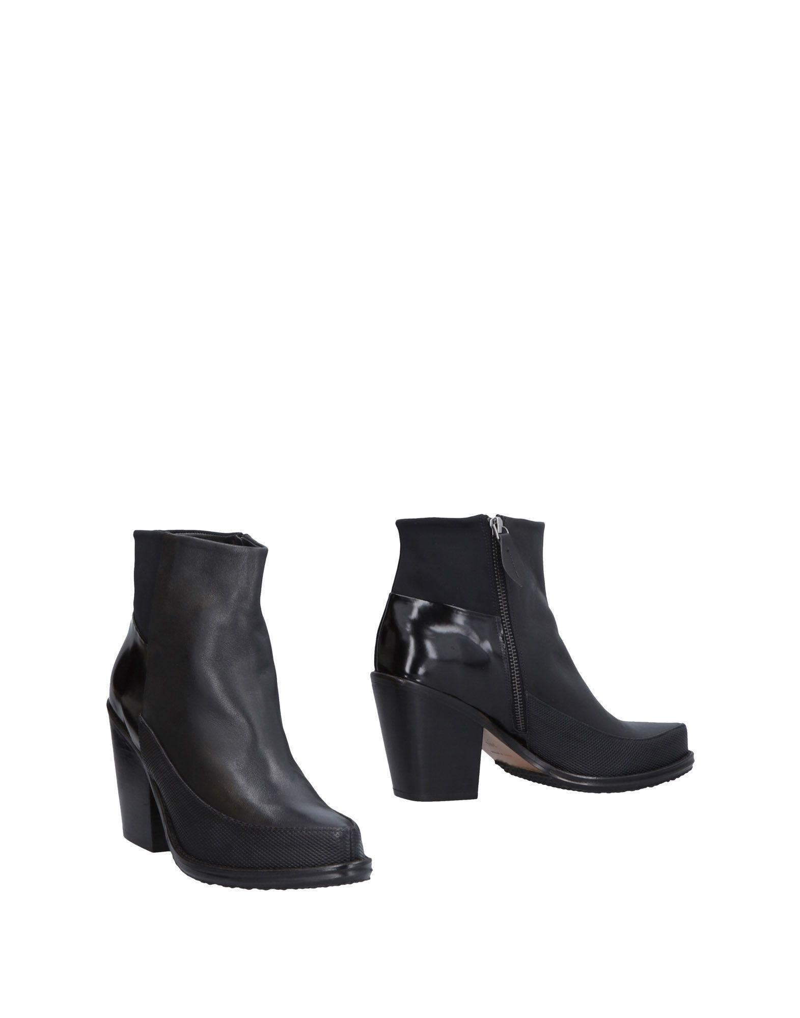 SLACK LONDON Полусапоги и высокие ботинки цены онлайн