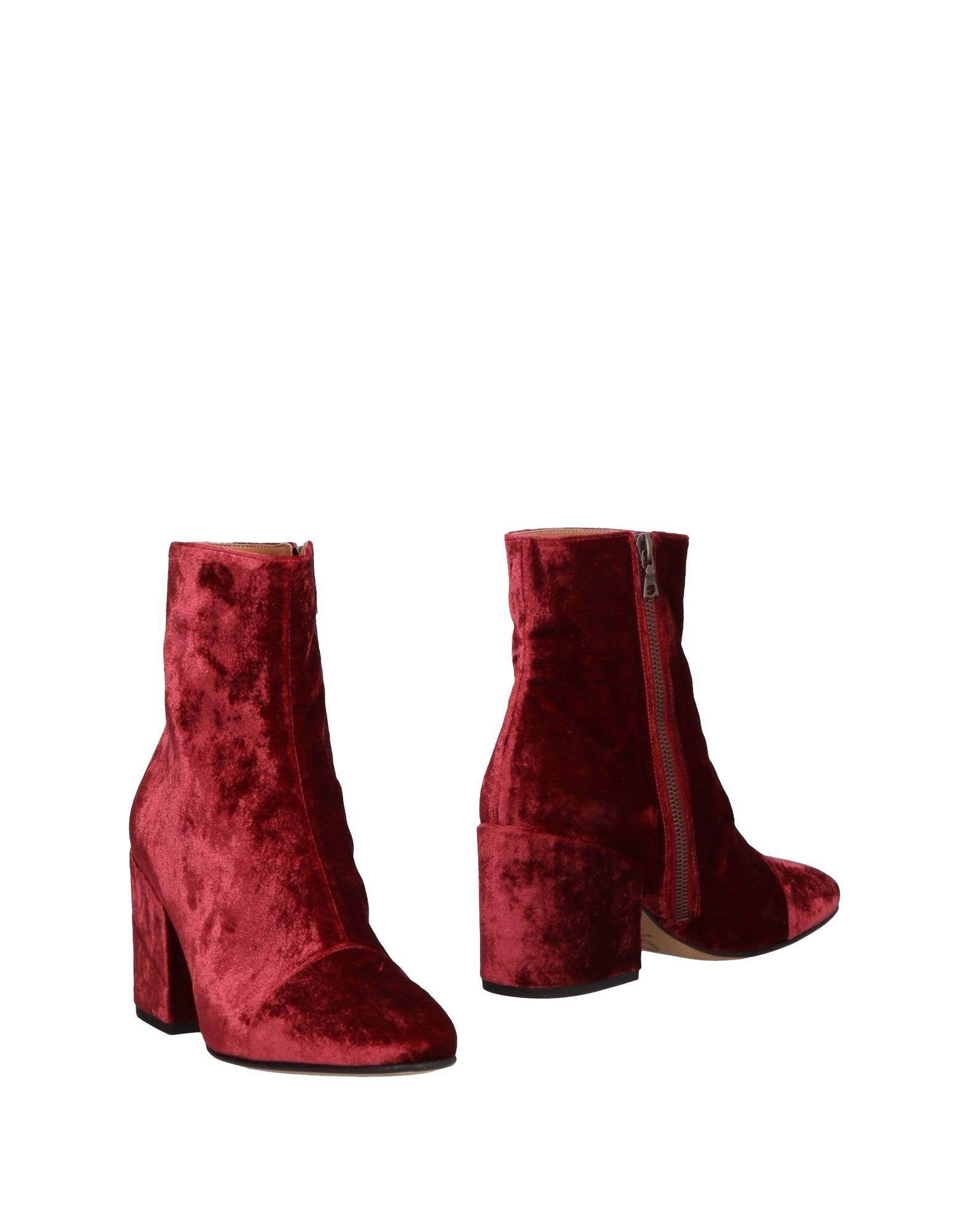Фото - DRIES VAN NOTEN Полусапоги и высокие ботинки v persie van basten 556688