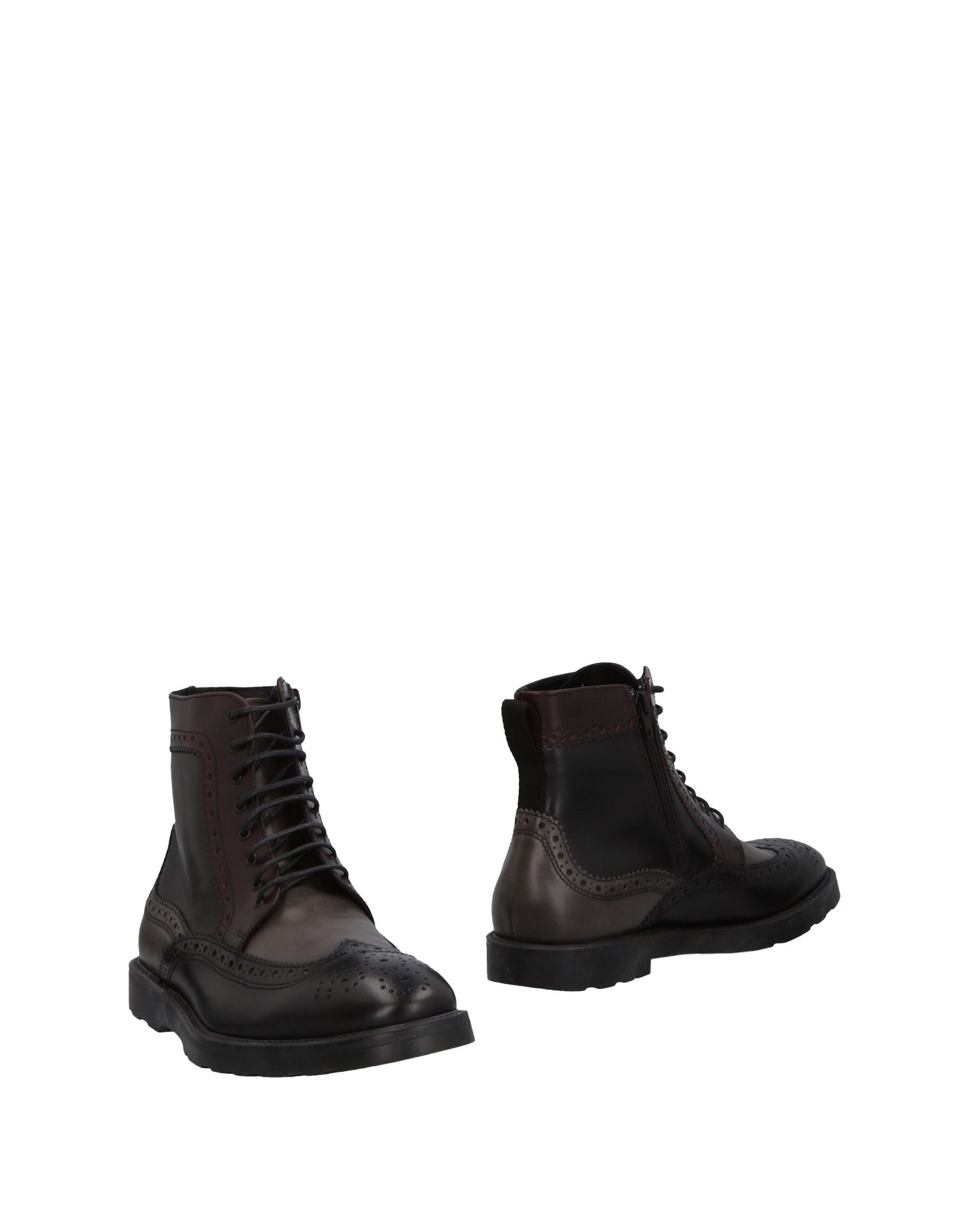 DAMA Ankle Boots in Black