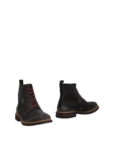 Полусапоги и высокие ботинки от DAMA