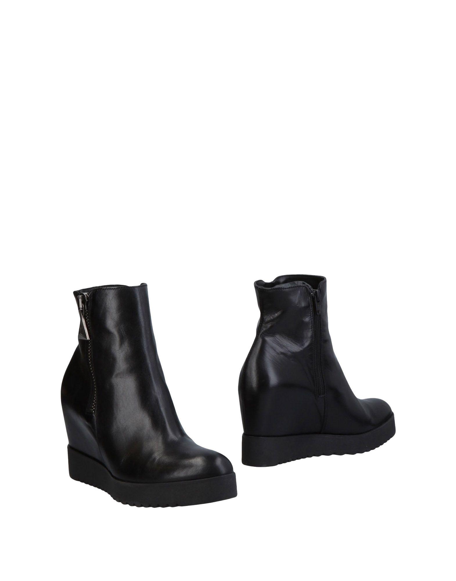 DONNA PIÙ Полусапоги и высокие ботинки