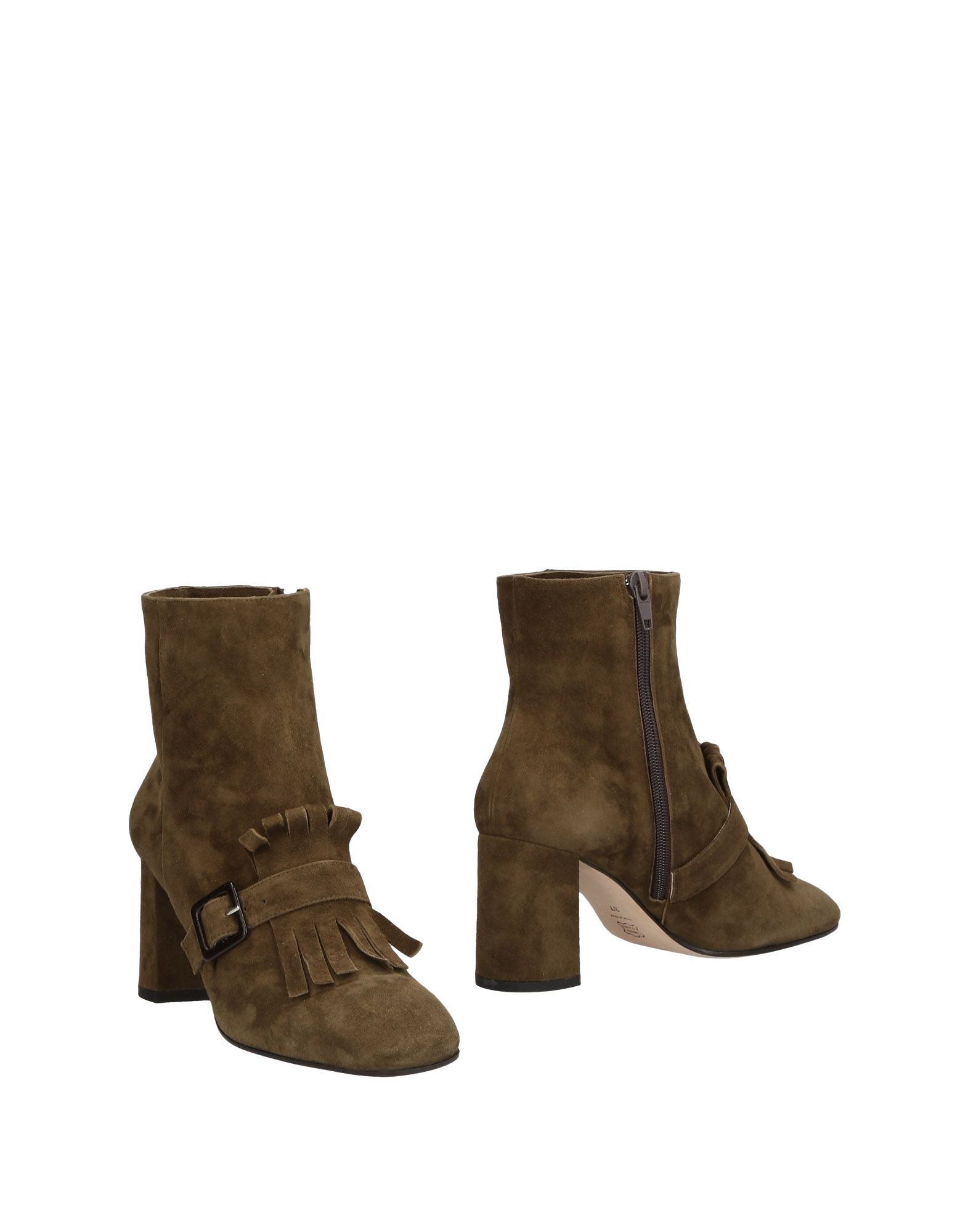 CHEVILLE Ankle Boot in Military Green