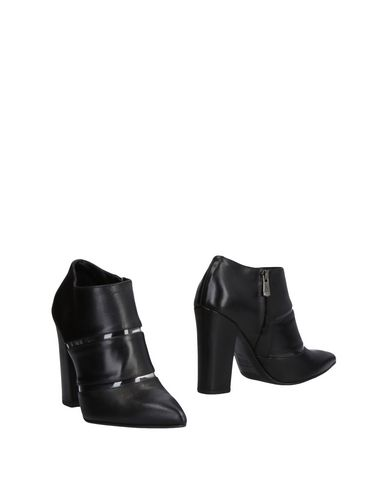 zapatillas ALBANO Botines mujer