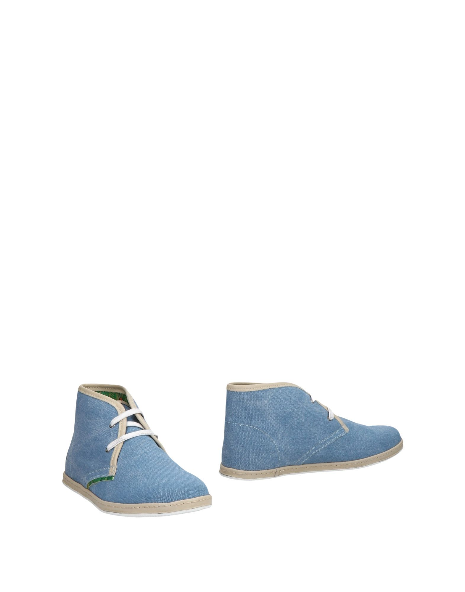 LE CROWN Boots in Pastel Blue