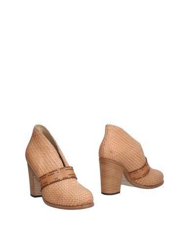 Ботинки от I.N.K. Shoes