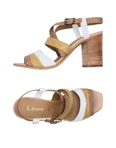 Купить Женские сандали LEMARÉ белого цвета