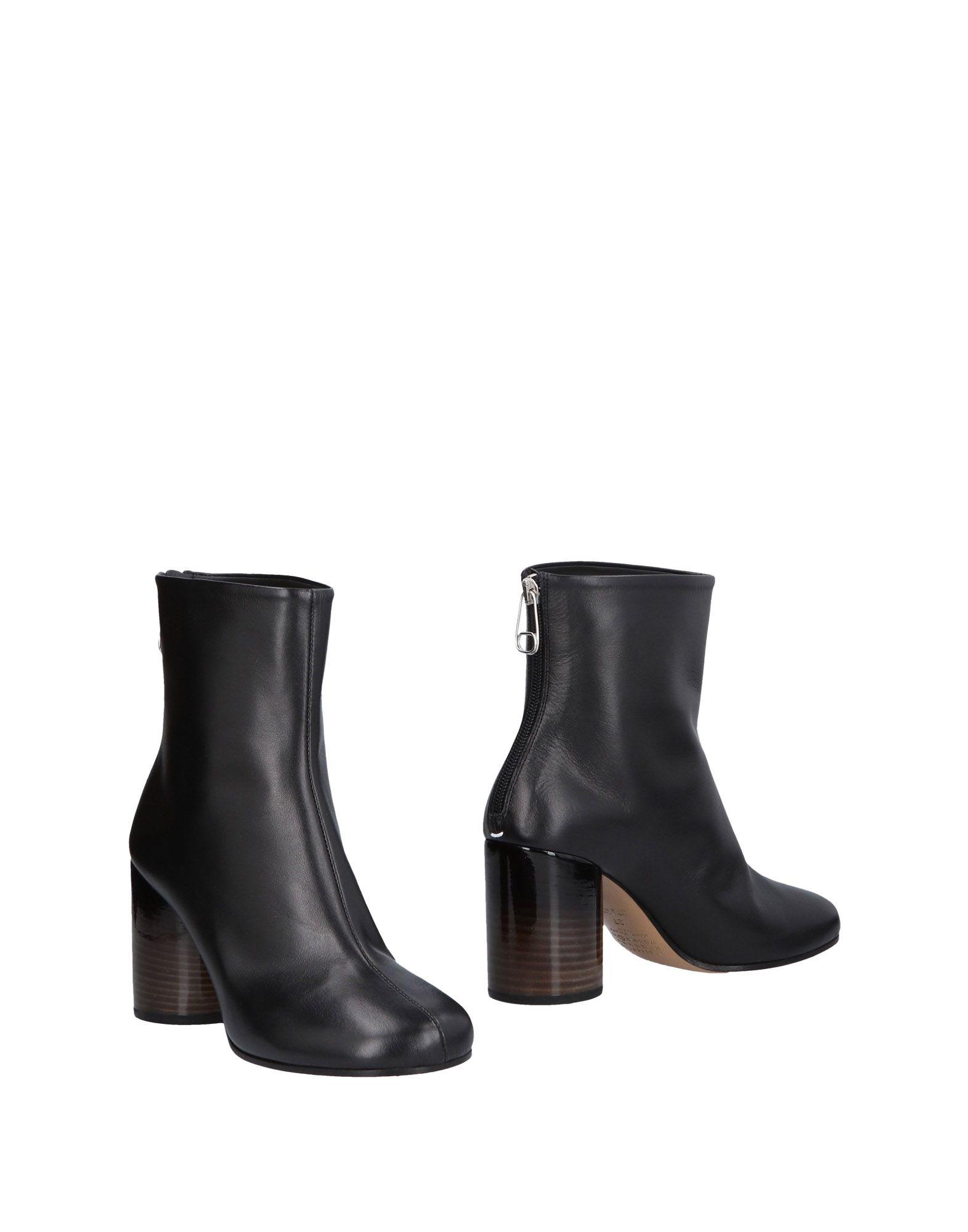 Classic Tabi Boots in Black