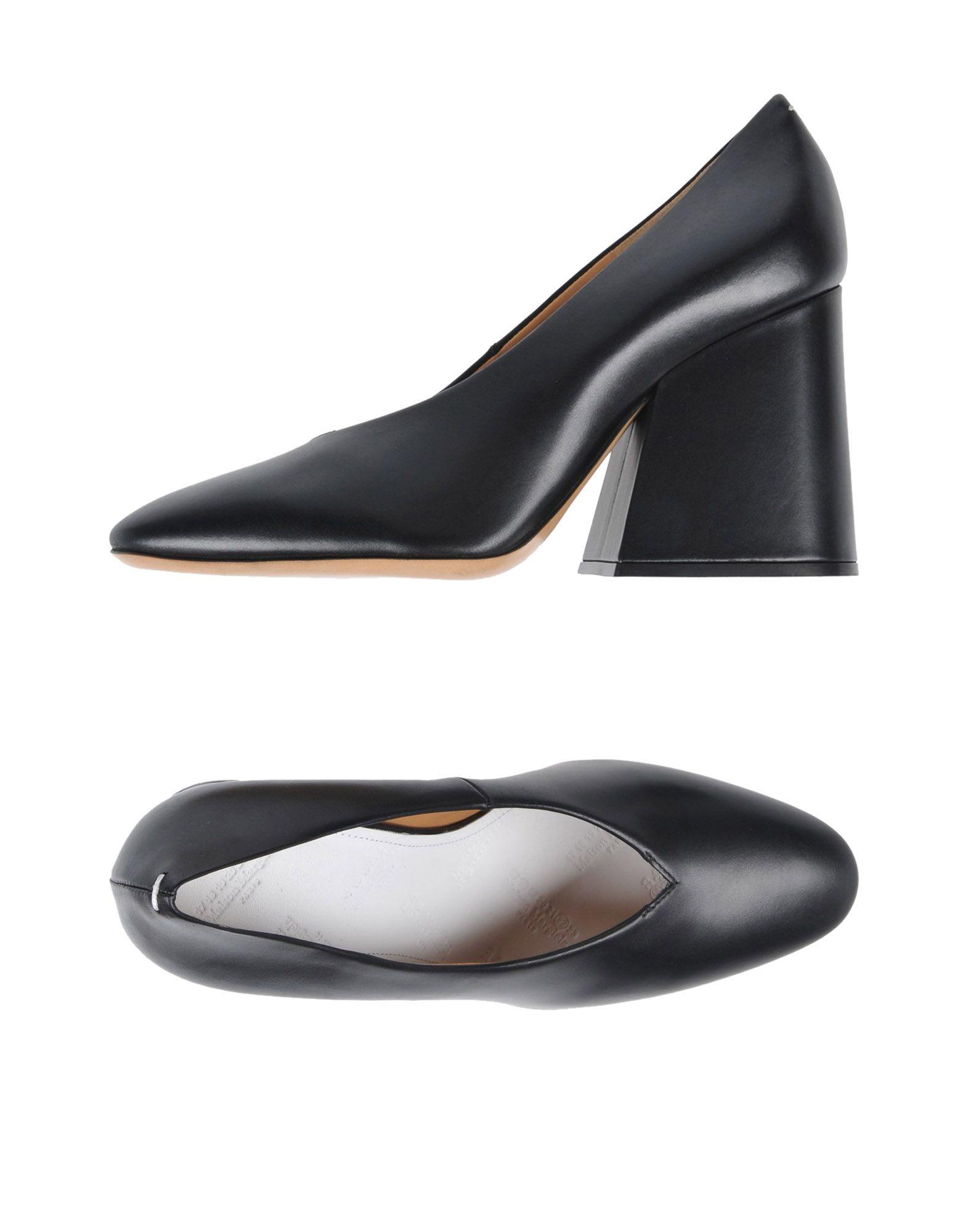 MAISON MARGIELA Pumps. Leather No appliqués Solid color Round toeline Square heel Leather lining Leather sole Contains non-textile parts of animal origin. Soft Leather