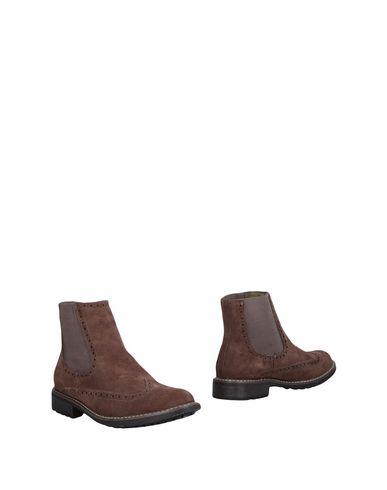 Полусапоги и высокие ботинки от AVIREX