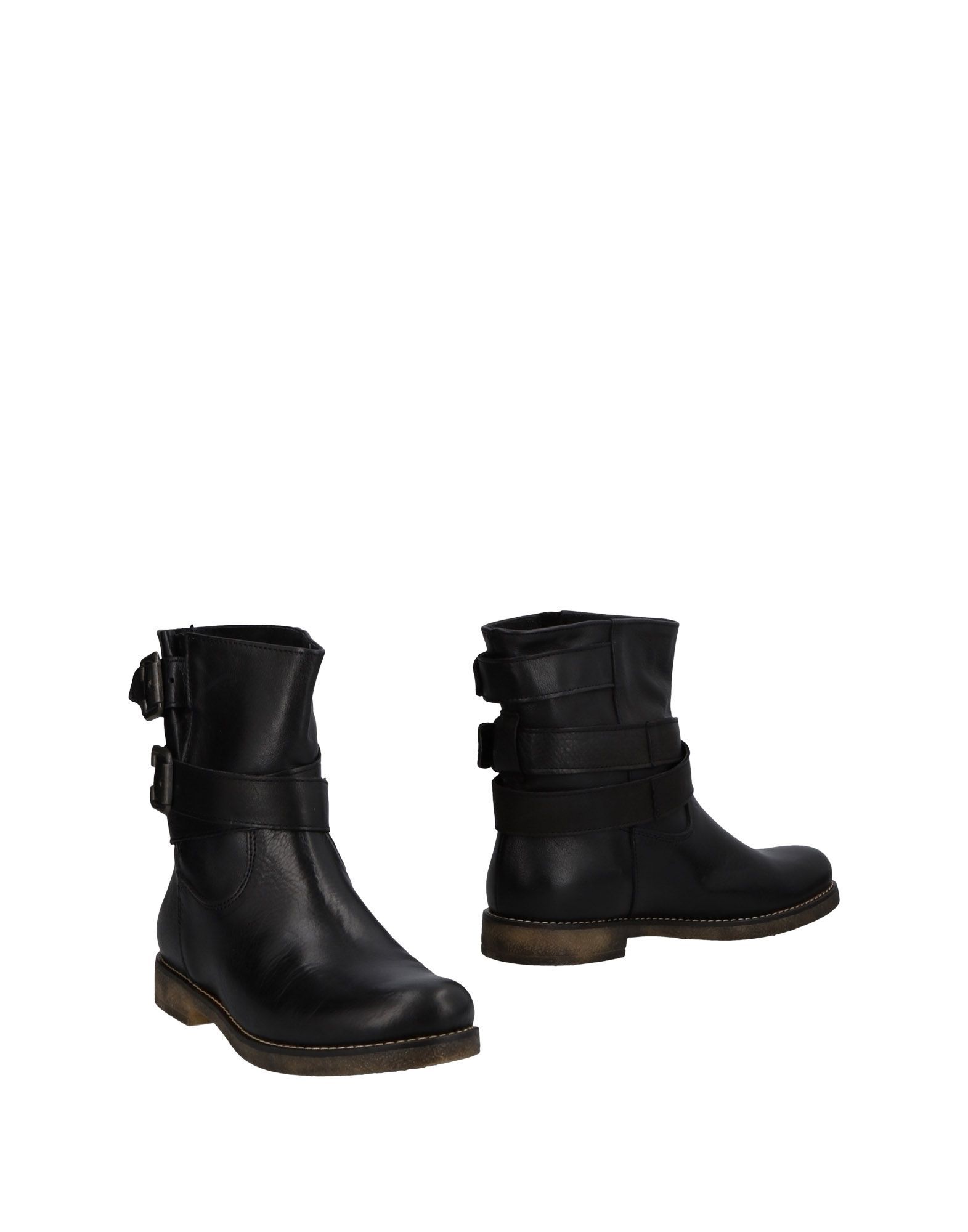 DANIELLE Полусапоги и высокие ботинки