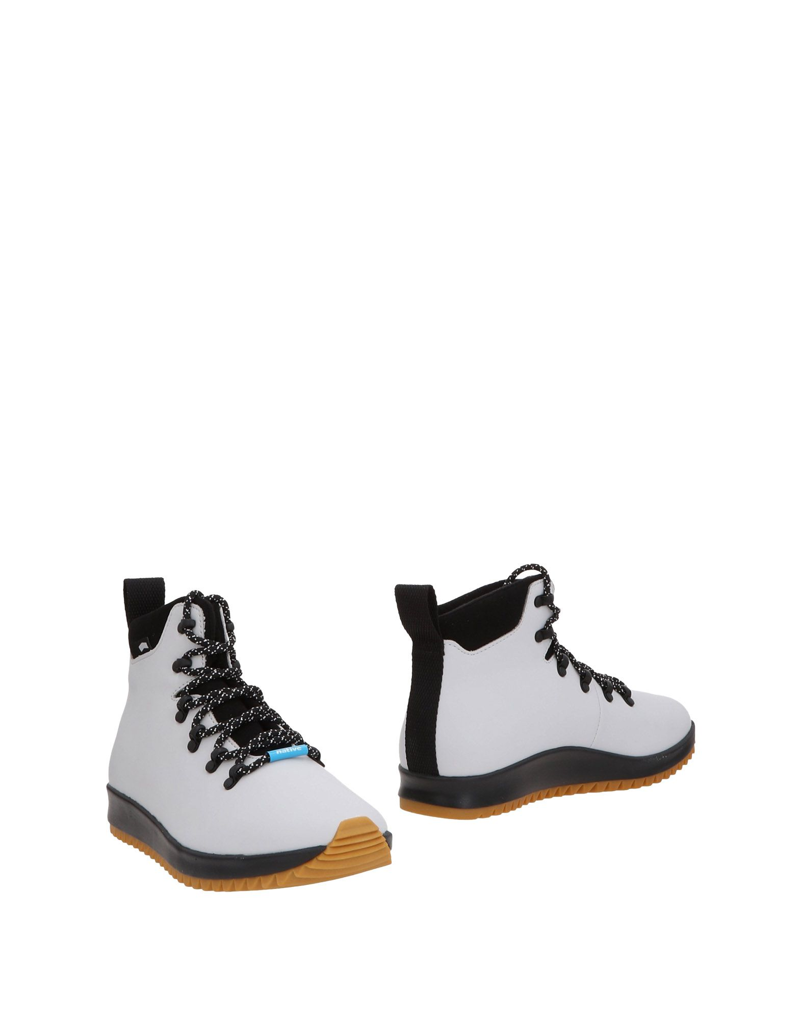 NATIVE Boots in Light Grey