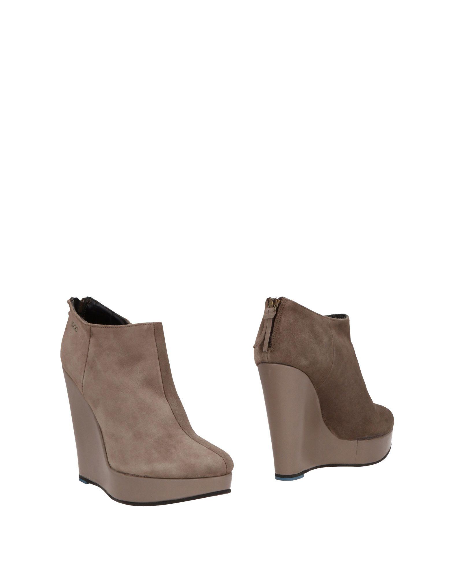 SERAFINI ETOILE Ankle Boot in Grey