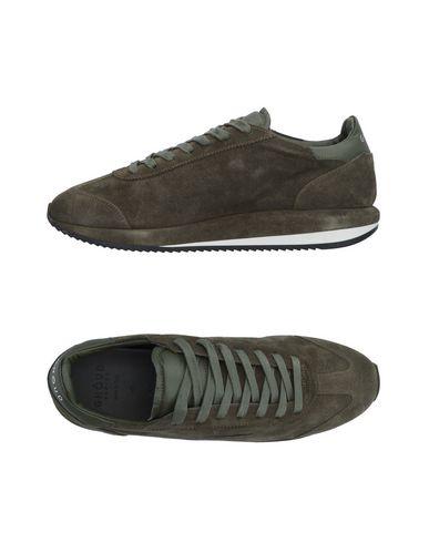 Низкие кеды и кроссовки от GHŌUD Venice