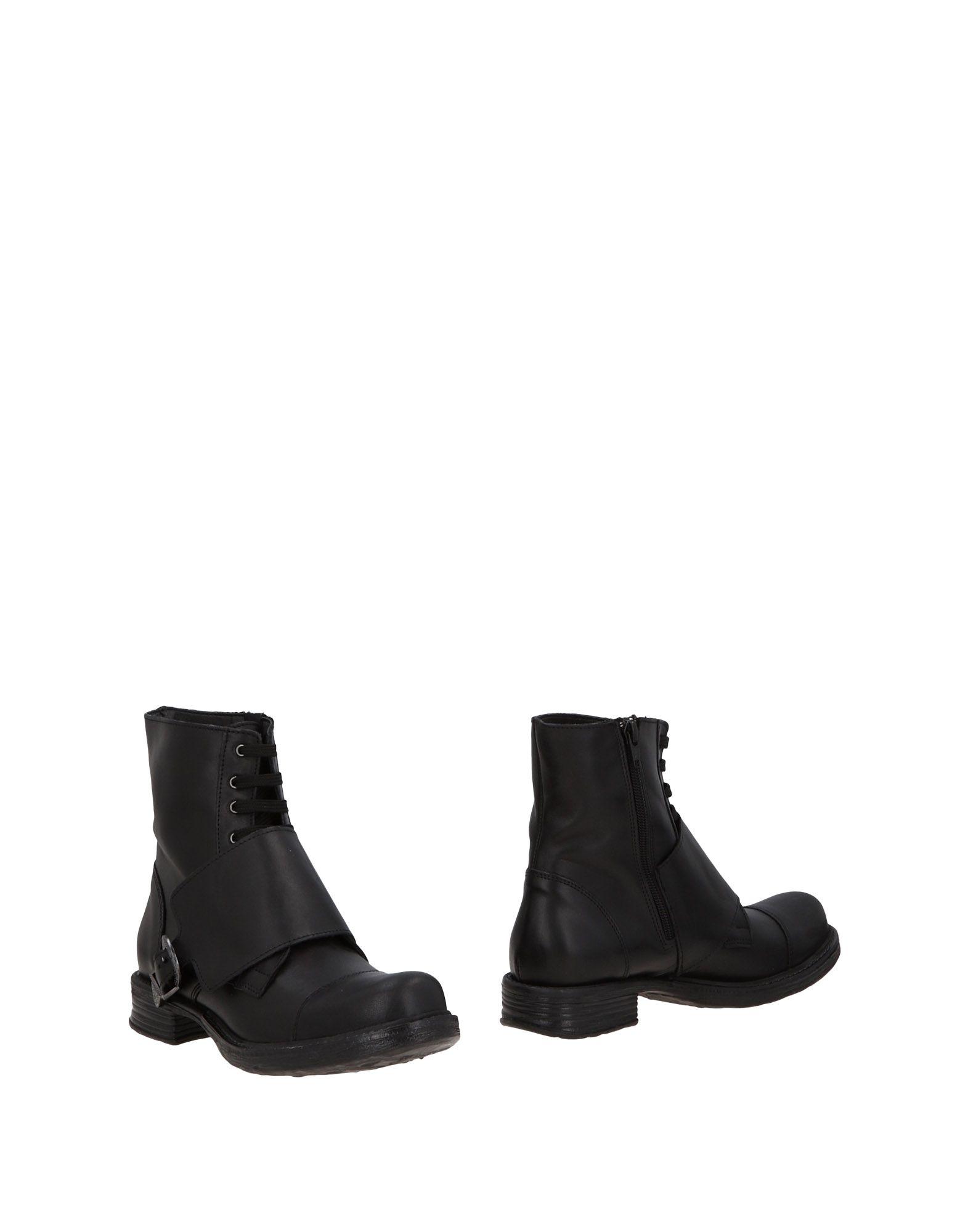 NILA & NILA Полусапоги и высокие ботинки
