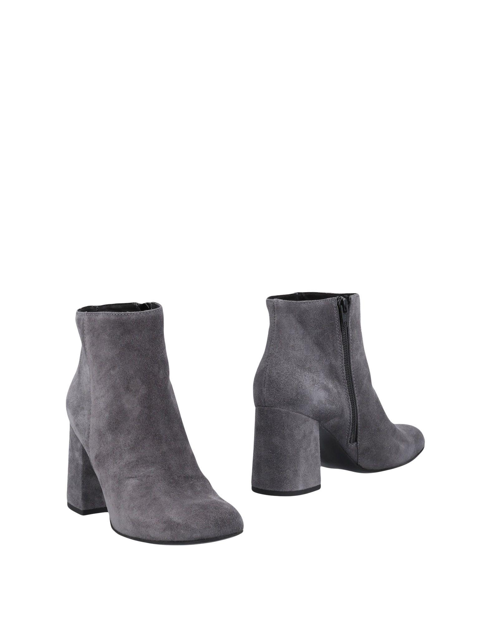 UNLACE Полусапоги и высокие ботинки unlace ботинки кожаные анлак 56042 1015 чёрный чёрный 37 черный черный