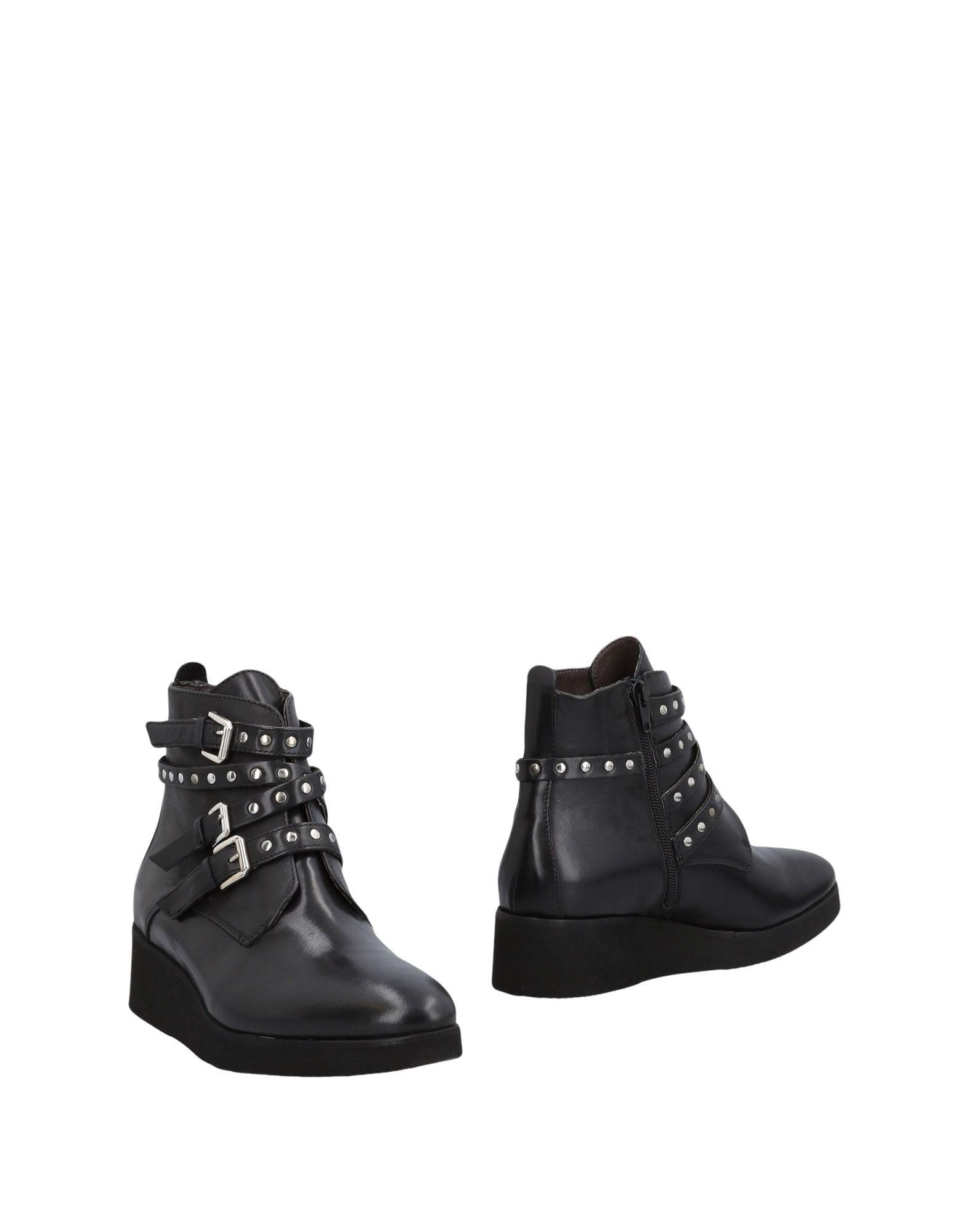 PAOLA FERRI Полусапоги и высокие ботинки недорго, оригинальная цена