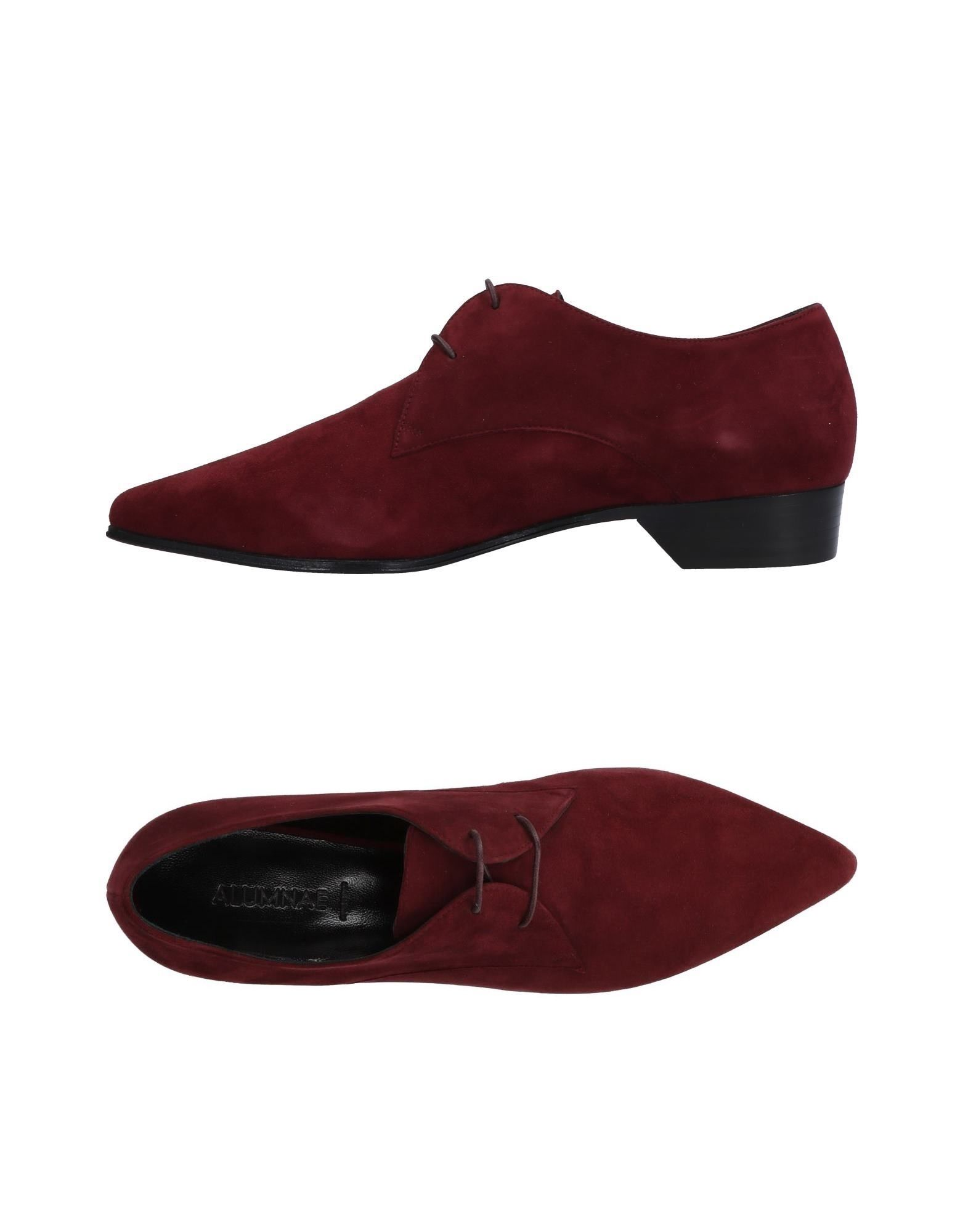 ALUMNAE Laced Shoes in Maroon