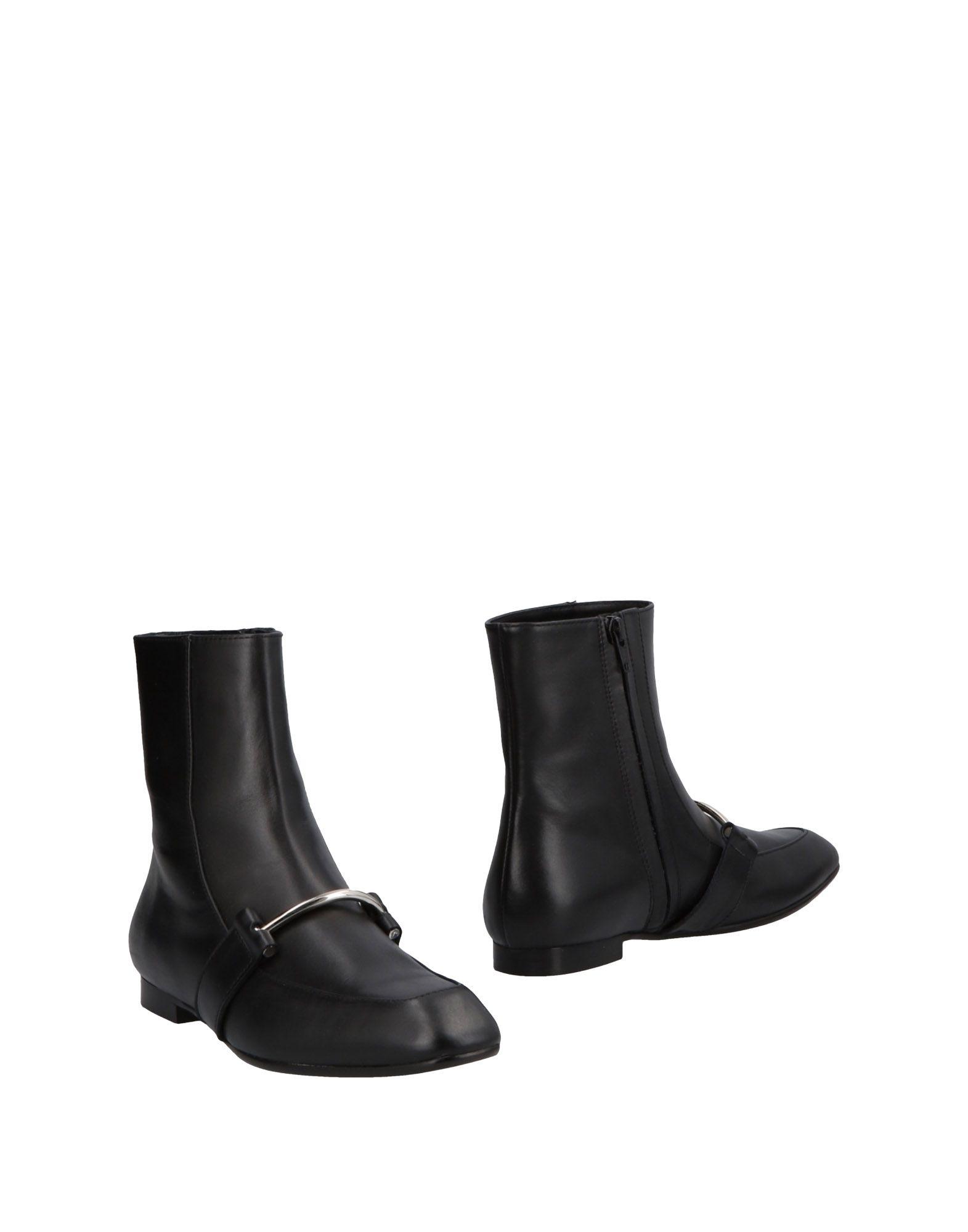 ANGELA CHIARA VENEZIA Ankle Boots in Black