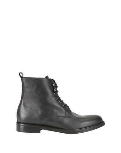 Фото - Полусапоги и высокие ботинки от YLATI HERITAGE темно-коричневого цвета
