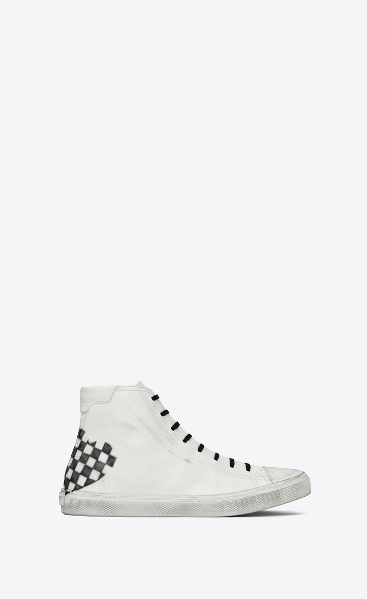 SAINT LAURENT BEDFORD MID-TOP SNEAKER WITH CHECKERED HEART IN WHITE LEATHER